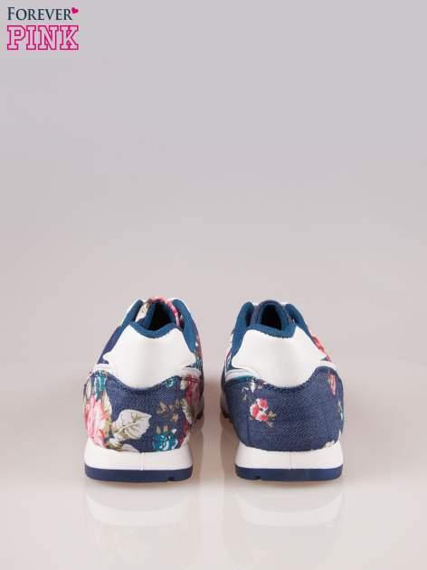 Ciemnoniebieskie kwiatowe buty sportowe w stylu casual                                  zdj.                                  3