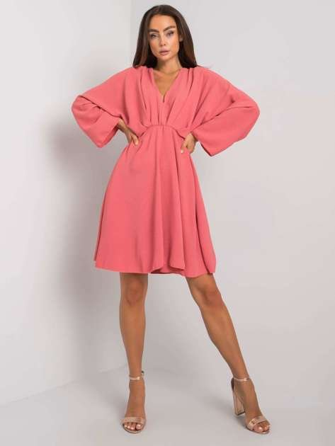 Ciemnoróżowa sukienka Zayna