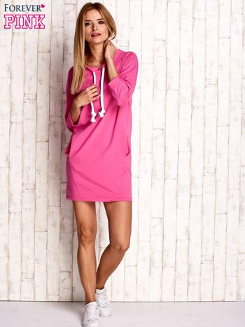 Ciemnoróżowa sukienka z troczkami                                  zdj.                                  2