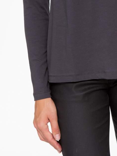 Ciemnoszara basicowa bluzka z długim rękawem                                  zdj.                                  7