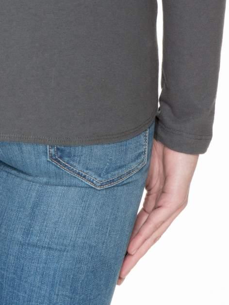 Ciemnoszara bawełniana bluzka z gumką na dole                                  zdj.                                  6