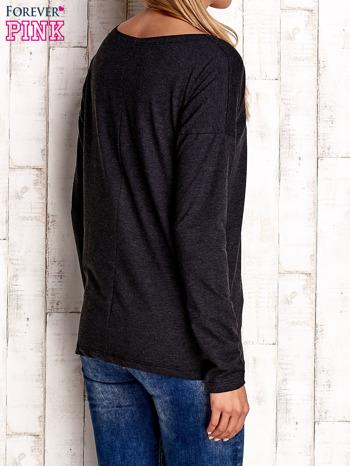 Ciemnoszara bluzka z aplikacją w kształcie sowy                                  zdj.                                  4