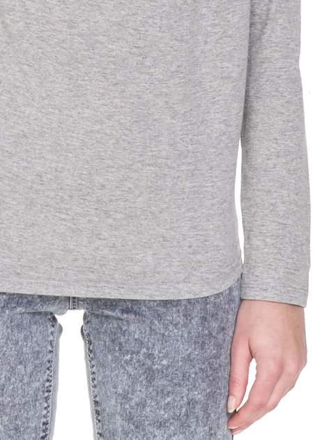 Ciemnoszara melanżowa bawełniana bluzka z dekoltem typu woda                                  zdj.                                  6