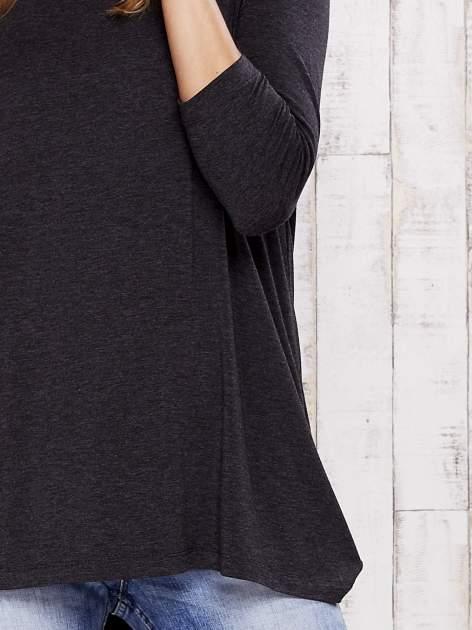 Ciemnoszara melanżowa bluzka z łezką na plecach                                  zdj.                                  5