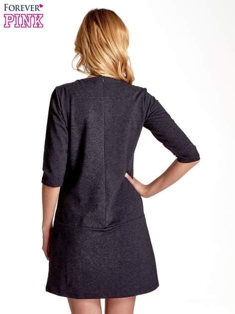 Ciemnoszara  prosta sukienka z kieszeniami                                   zdj.                                  4
