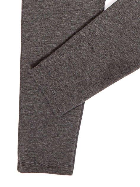 Ciemnoszare spodnie dresowe dla dziewczynki                              zdj.                              4