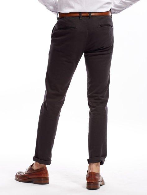 Ciemnoszare spodnie męskie chinos                              zdj.                              8