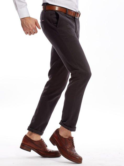 Ciemnoszare spodnie męskie chinos                              zdj.                              3
