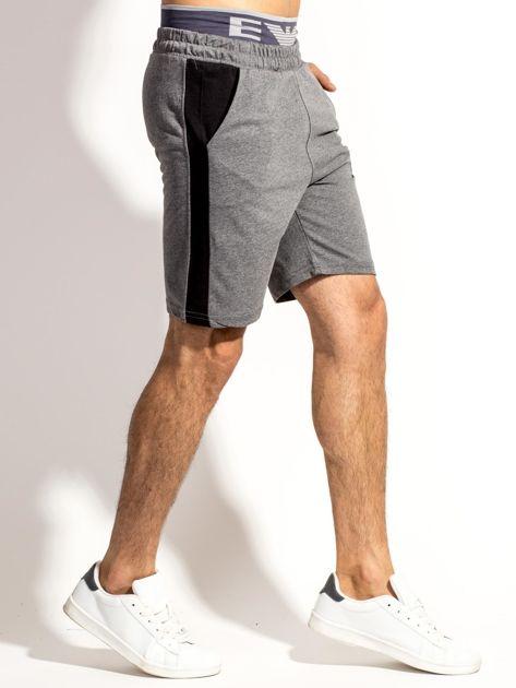 Ciemnoszare szorty męskie z kontrastowymi wstawkami                              zdj.                              3