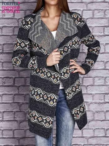 Ciemnoszary dzianinowy sweter z kolorowymi wzorami                                  zdj.                                  1