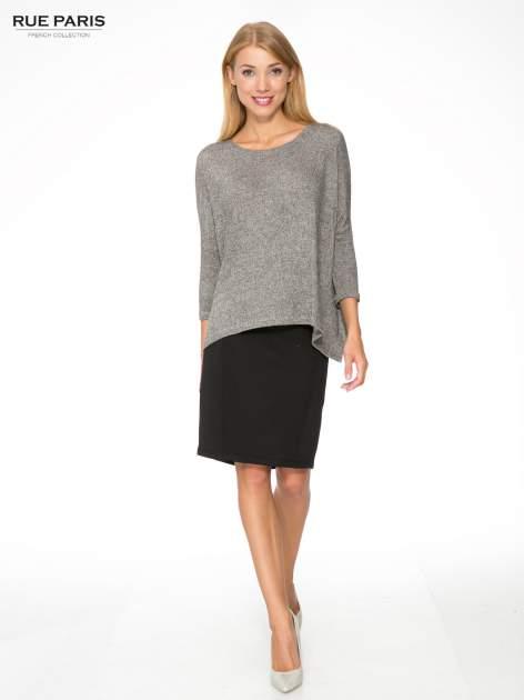Ciemnoszary melanżowy sweter oversize o obniżonej linii ramion                                  zdj.                                  2