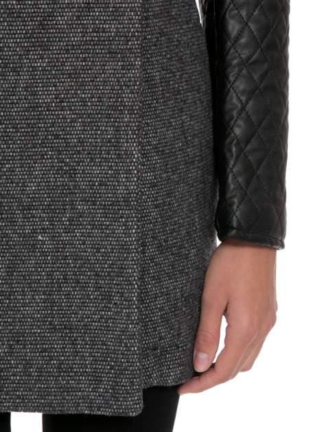 Ciemnoszary płaszcz ze skórzanymi pikowanymi rękawami                                  zdj.                                  7