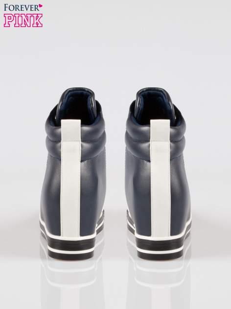 Cienoniebieskie sneakersy trampki cap toe na koturnie                                  zdj.                                  3