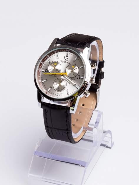 Cudny srebrny zegarek damski z ozdobnym tachometrem                                  zdj.                                  3