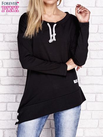 Czarna asymetryczna bluza z troczkami                              zdj.                              1