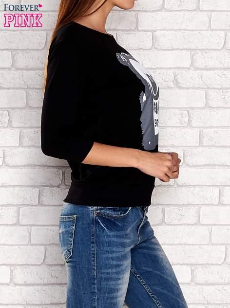 Czarna bluza z nadrukiem pandy                                  zdj.                                  3