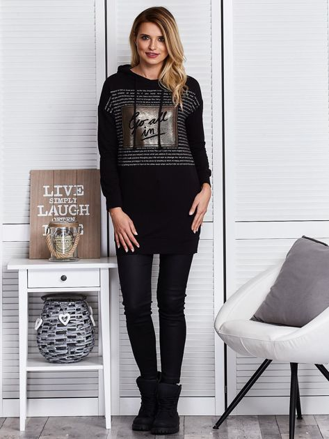 Czarna bluza z tekstowym printem                              zdj.                              5