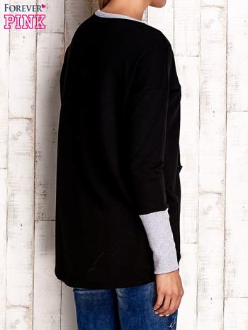 Czarna bluza z wiązaniem i szerokim ściągaczem                                  zdj.                                  4