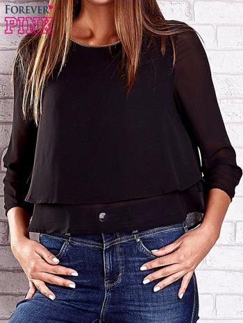 Czarna bluzka koszulowa z biżuteryjnym dekoltem                                  zdj.                                  1