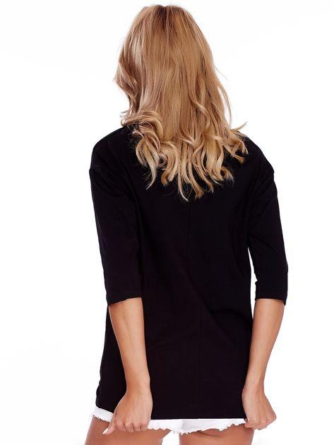 Czarna bluzka oversize z napisem SUPER                               zdj.                              2
