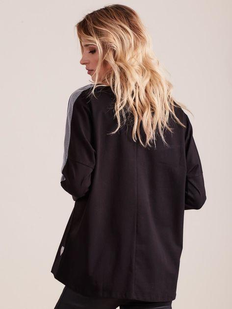 Czarna bluzka oversize ze srebrnymi wstawkami                              zdj.                              2