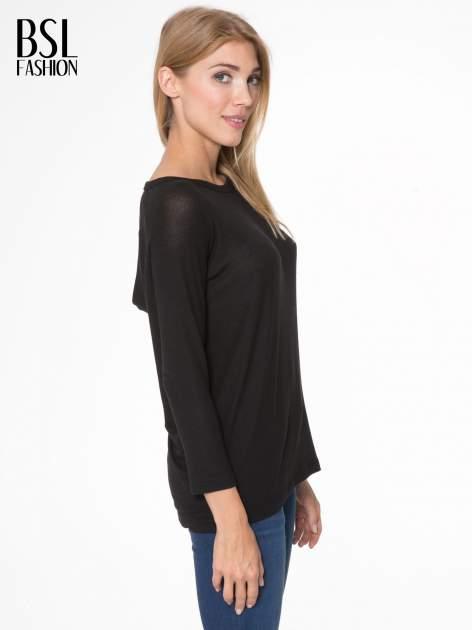 Czarna bluzka z dekoltem na plecach                                  zdj.                                  3