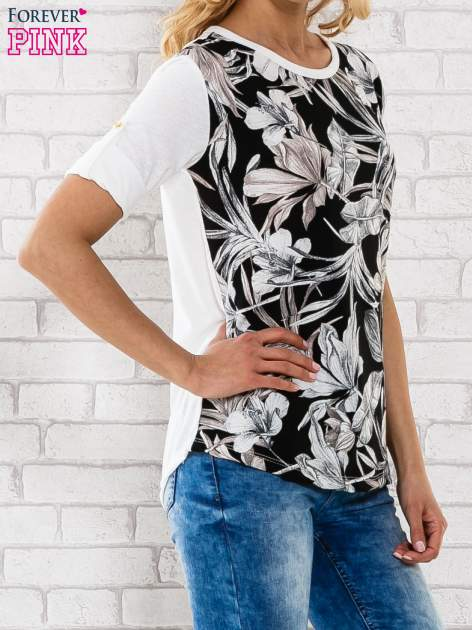 Czarna bluzka z liściastym motywem                                  zdj.                                  3