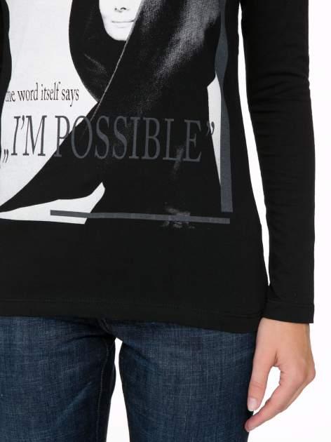 Czarna bluzka z nadrukiem Audrey Hepburn                                  zdj.                                  7