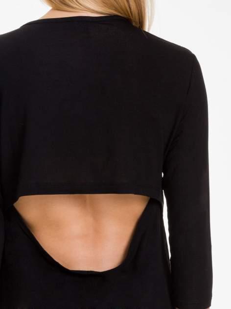 Czarna bluzka z nadrukiem białych gwiazdek                              zdj.                              8