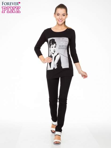 Czarna bluzka z portretem Audrey Hepburn                                  zdj.                                  5
