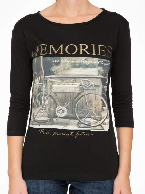 Czarna bluzka z złotym brokatowym napisem MEMORIES                                  zdj.                                  6