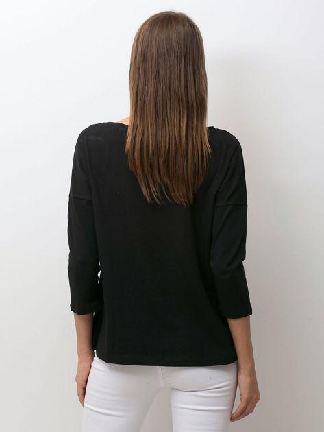 Czarna bluzka z zwierzęcym nadrukiem i perełkami                              zdj.                              2
