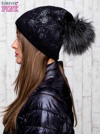 Czarna czapka glitter z pomponem                                  zdj.                                  2