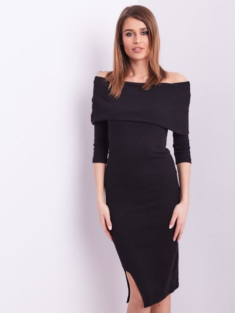 59beac2ed6 Czarna dopasowana sukienka z odkrytymi ramionami - Sukienka na co ...