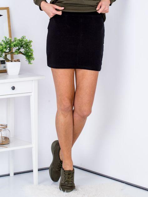 Czarna dresowa spódnica mini                              zdj.                              1
