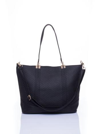 Czarna fakturowana torebka damska ze złotymi okuciami                                  zdj.                                  2