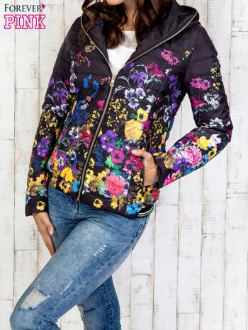 Czarna kurtka z kwiatowym motywem                                  zdj.                                  3