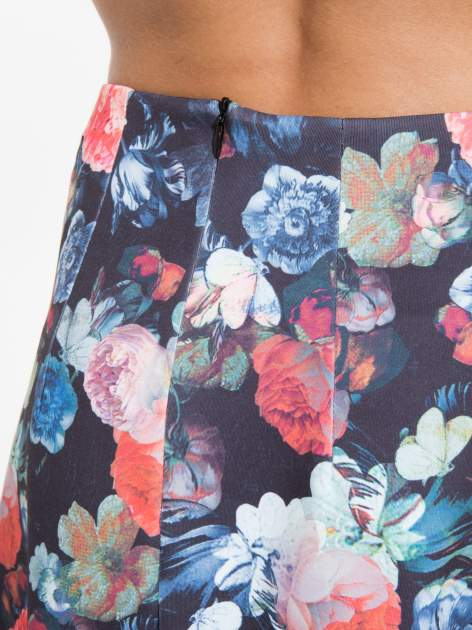 Czarna kwiatowa mini spódnica skater                                  zdj.                                  5