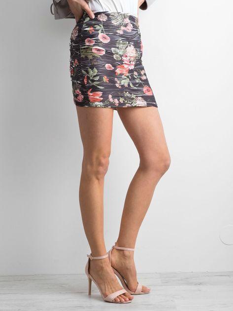 Czarna kwiatowa spódnica mini                              zdj.                              3
