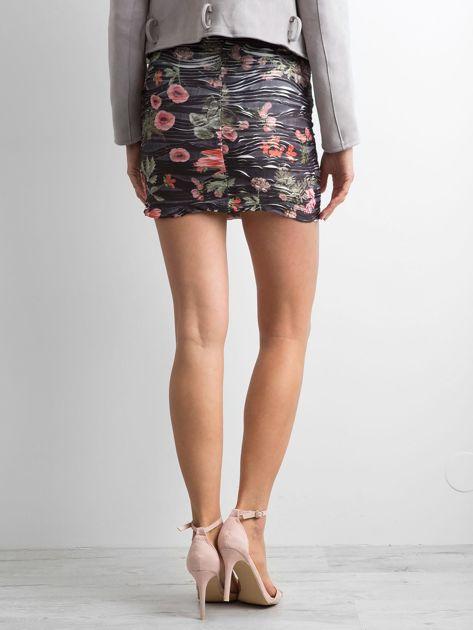 Czarna kwiatowa spódnica mini                              zdj.                              2