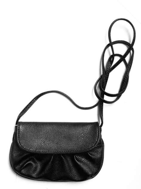 Czarna mini torebka kopertówka z paskiem                                  zdj.                                  3