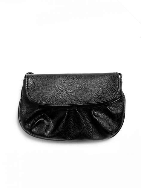 Czarna mini torebka kopertówka z paskiem                                  zdj.                                  1