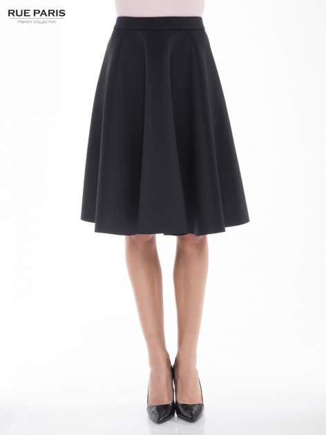 Czarna neoprenowa spódnica midi szyta z koła