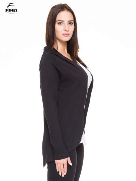 Czarna otwarta bluza dresowa z kapturem                                  zdj.                                  3