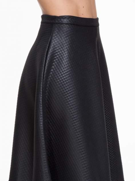 Czarna pikowana spódnica midi                                  zdj.                                  5