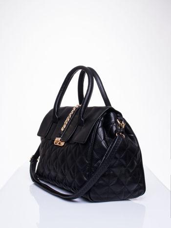 Czarna pikowana torba ze złotym łańcuchem                                  zdj.                                  3