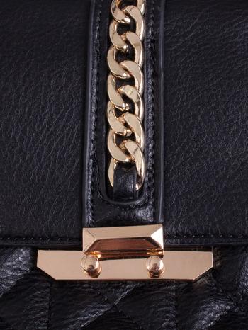 Czarna pikowana torba ze złotym łańcuchem                                  zdj.                                  5