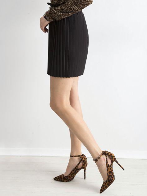 Czarna plisowana spódnica z paskiem                              zdj.                              3
