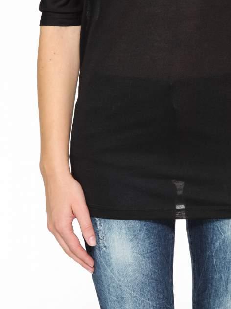 Czarna półtransparentna bluzka z łódkowym dekoltem i rękawami 3/4                                  zdj.                                  8