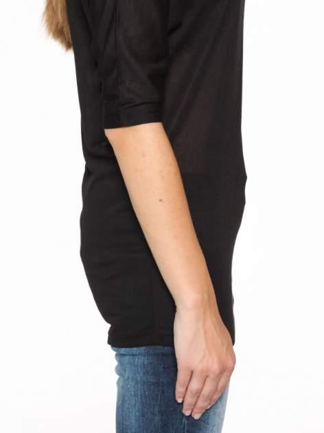 Czarna półtransparentna bluzka z łódkowym dekoltem i rękawami 3/4                                  zdj.                                  9
